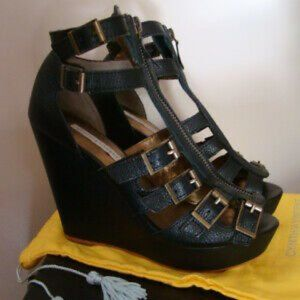 Cynthia Vincent Luella Wedge Sandals